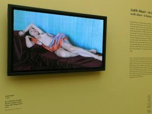 Nu à l'Echarpe Orange (2009) de Judith Albert