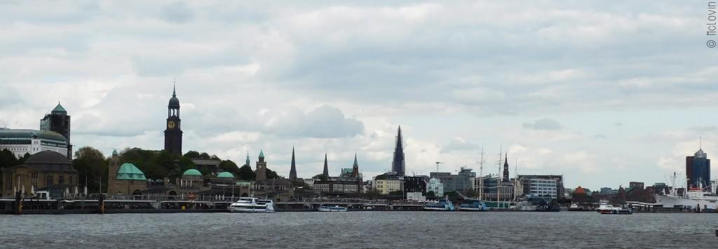 Vue du port d'Hambourg