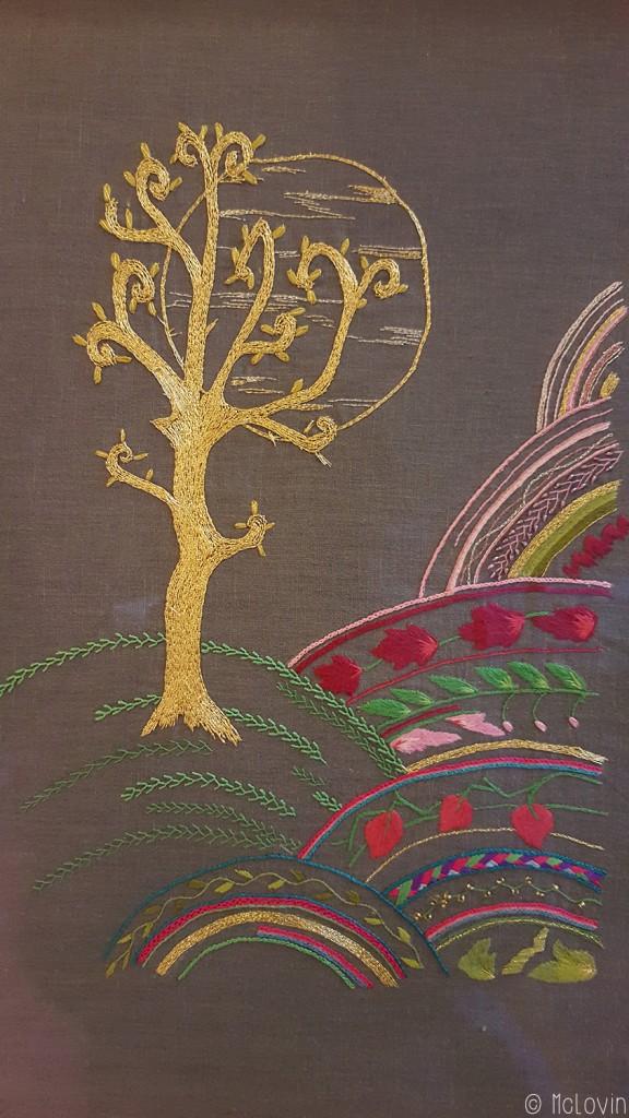 L'arbre d'or vu par Pascal Jaouen en passé empiétant et broderie glazik