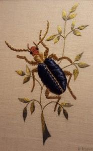 Insecte réalisé en passé empiétant et perles par Pascal Jaouen