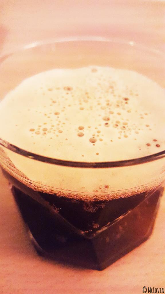 La Chocolate Porter de la brasserie La Dilettante qui mousse dans mon verre :)