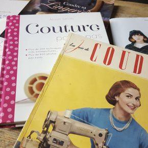 Mes livres de couture attendant que je m'y mette:)