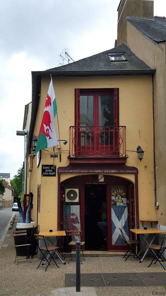 La façade extérieure du Westport Inn, bar et pub irlandais à Rennes.
