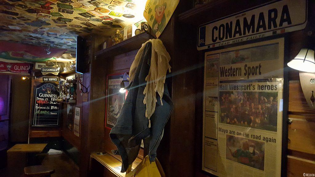 L'intérieur du Westport Inn, bar et pub irlandais à Rennes.