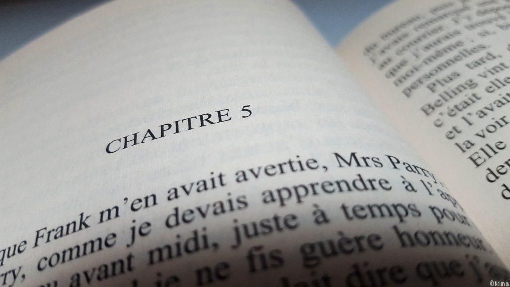 """Le début du chapitre 5 du livre """"Un intérêt particulier pour les morts"""" d'Ann Granger collection Grands détectives chez 10/18."""