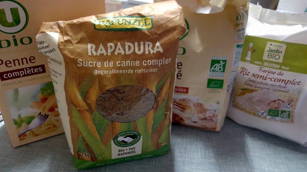 Les aliments complets et semi-complets pour rééquilibrer son alimentation : sucre, pâtes et farines de blé et de riz.