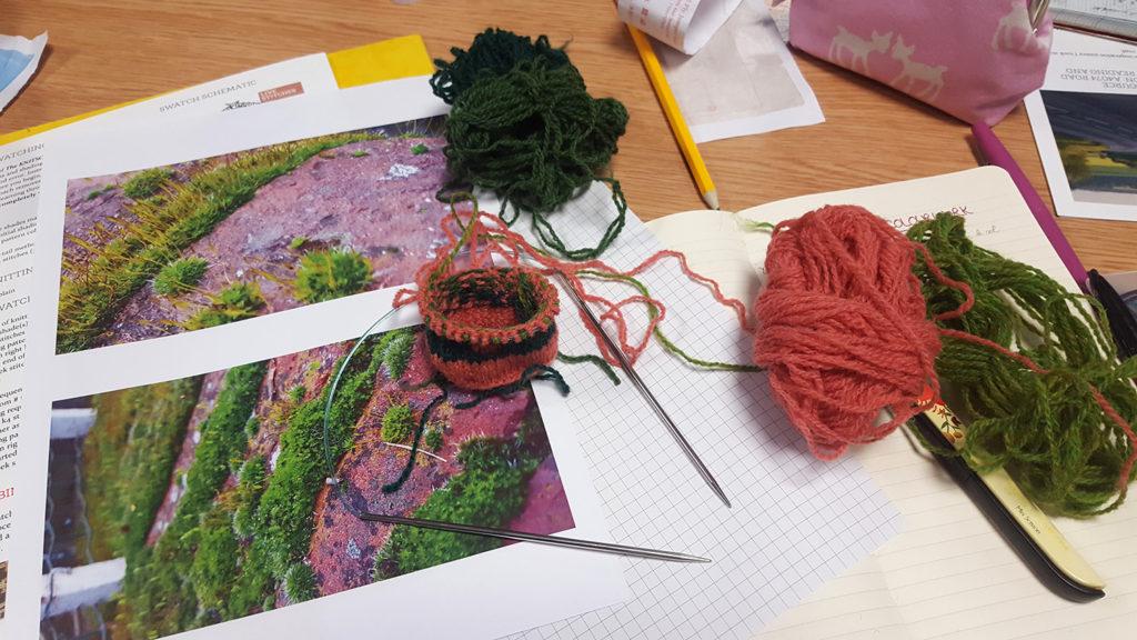 Ma réalisation lors de l'atelier Quotidian Colourwork sur le jacquard couleur avec Felicity Ford aka Knitsonik lors de l'Edinburgh Yarn Festival 2018, festival de laine et de tricot d'Édimbourg en Écosse.