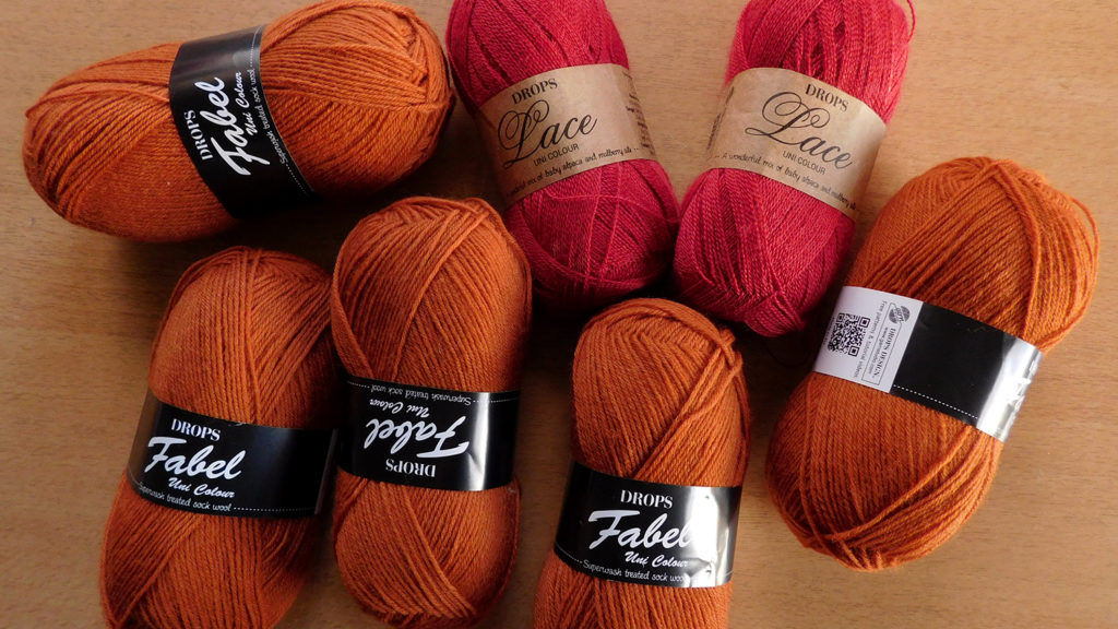 Pelotes de laine Drops Lace et Fabel pour tricoter en 2020.