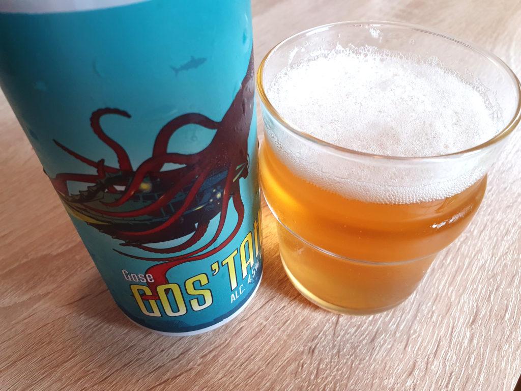 La bière au concombre Gos'Tail de la Brasserie du Grand Paris servie dans un verre.